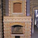 печь камин облицованная плиткой-изразцами